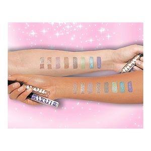 Avon, 8 Shades of Glimmer Liquid Eyeshadow